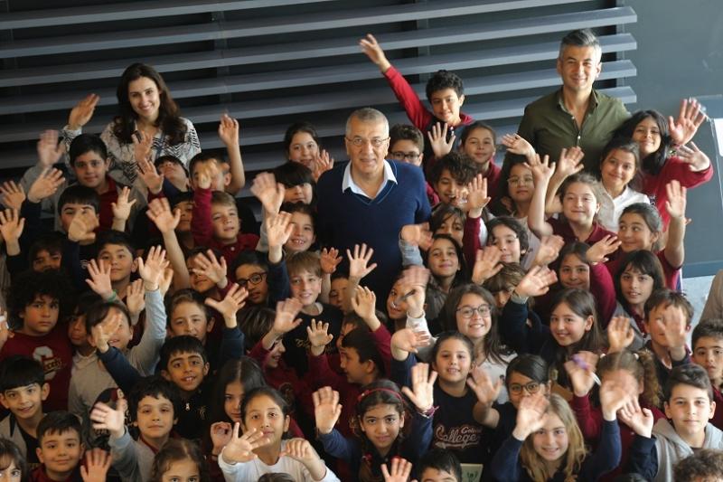 Başkan Tarhan'dan öğrencilere ev ödevi
