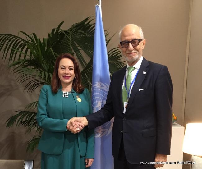 BM Göçlerle İlgili Küresel İlkeler Sözleşmesi İmzalandı