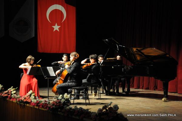 Festivalde Dünya Sahnelerinde Genç Müzisyenler Sahne Aldı