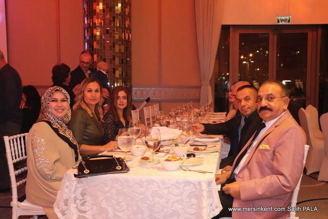Hasan Arslan Öğretmenler Günü'nü Öğretmenlerle Birlikte Kutladı