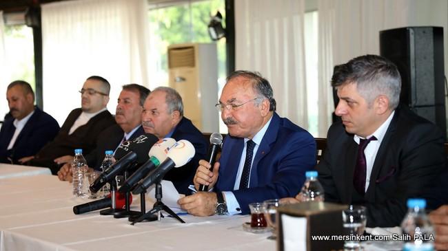 MERSİN'DE 8 BELEDİYE MECLİSİ ÜYESİ MHP'DEN İSTİFA ETTİ