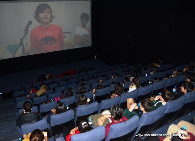 Mersin'de Sinemaya Gitmeyen Öğrenci Kalmıyor