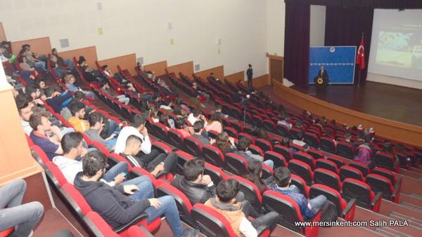 Mersn Üniverstesi'nde Çanakkale Ruhu ve Türk Askeri  Konferansı