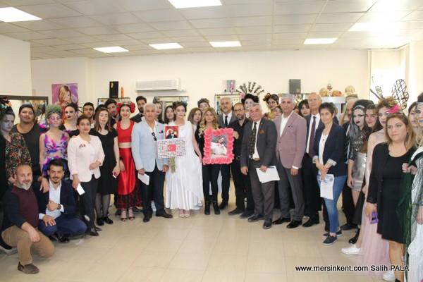MESİAD, MERSİN ÜNİVERSİTESİ PROJE PAZARI'NDA ÖĞRENCİLERLE