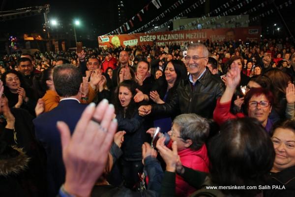 MEZİTLİ'DE KADINLARA UNUTULMAZ GECE