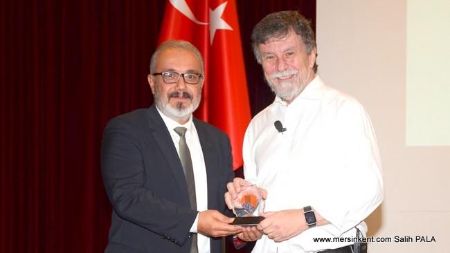 Türkiye Bilişim Vakfı Başkanı Faruk Eczacıbaşı Teknoloji ile Yaşanan Dönüşümü Anlattı