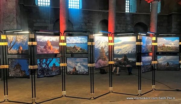 Akdamar Kilisesi Fotoğraf Sergisi Açıldı