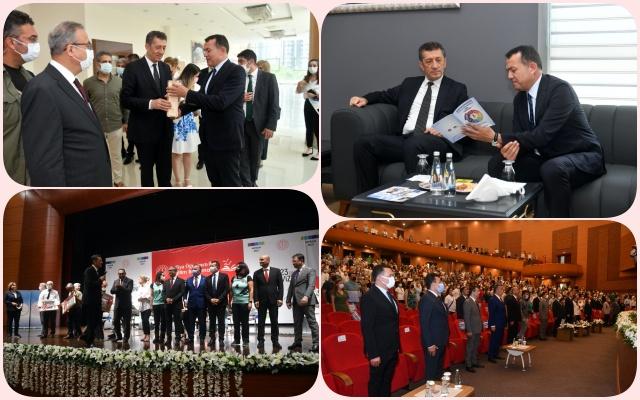 Başkan Özyiğit, Milli Eğitim Bakanı Selçuk'a Erken Çocukluk Eğitimi Projesi'ni Anlattı
