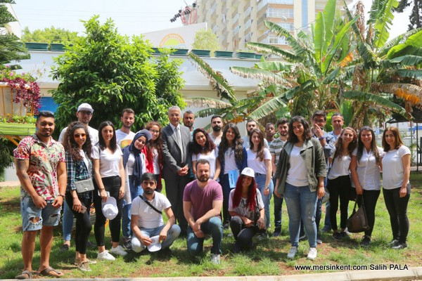 Başkan Tarhan'dan Üreten Üniversite Öğrencilerine Çağrı