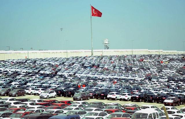Lüks Araç Satışları Devam Ederken 2. El Fiyatları Düşmeyecek