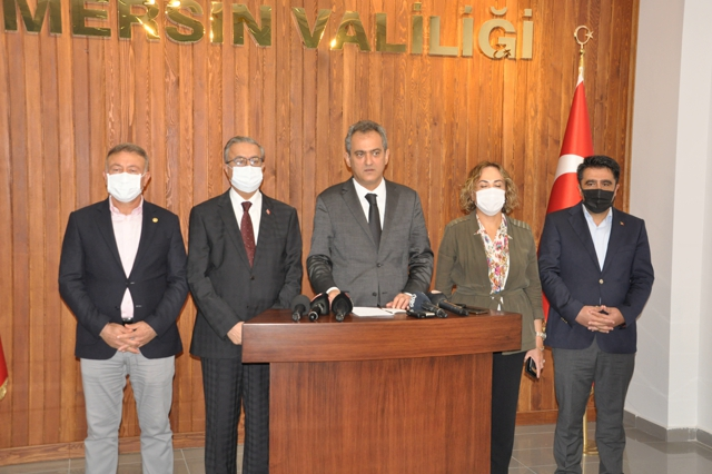 Milli Eğitim Bakanı Özer, Mersin'de Eğitim ve Öğretimle İlgili Açıklamalarda Bulundu.