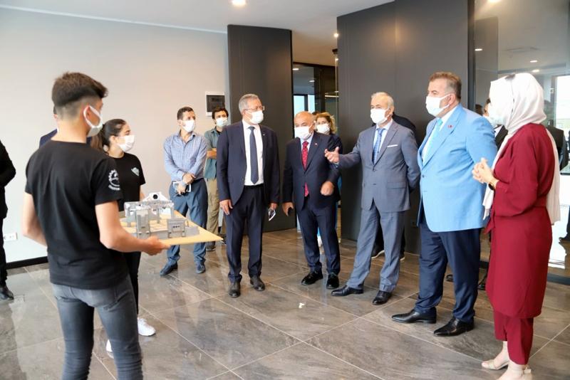 MEB Yardımcısı Safran, Model Fabrika'da İncelemelerde Bulundu