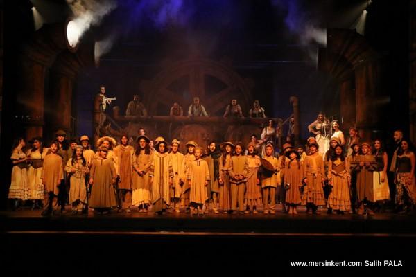 Mersin Devlet Opera ve Balesi Çocuk Korosu ve Balesi Kursları bAŞLIYOR
