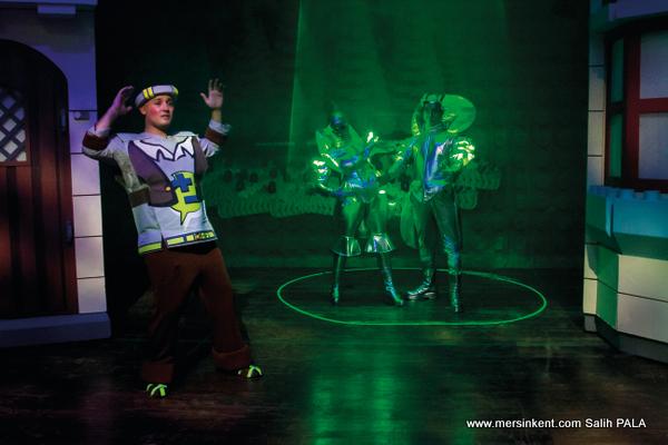 Mersin Devlet Opera ve Balesi'nden Keloğlan ve Uzaylılar Çocuk Oyunu