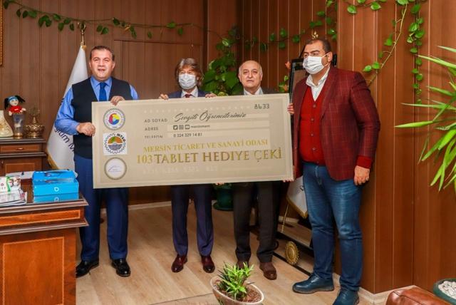 Mersin Ticaret ve Sanayi Odası Öğrencilere 103 Tablet Bağışladı