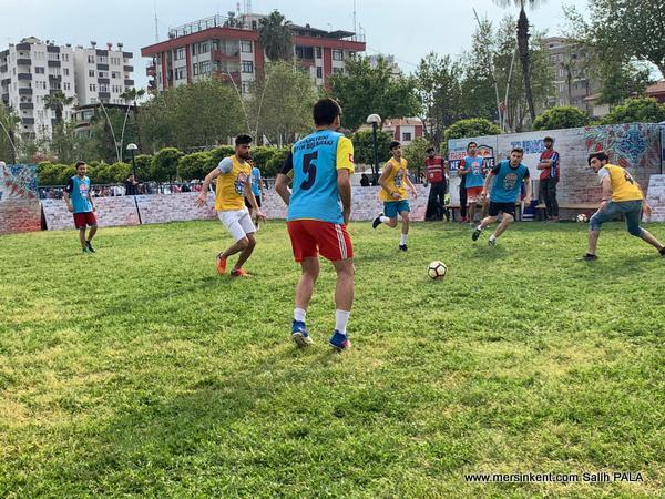 Mersin'de Dünyanın En Büyük Amatör Futbol Turnuvası