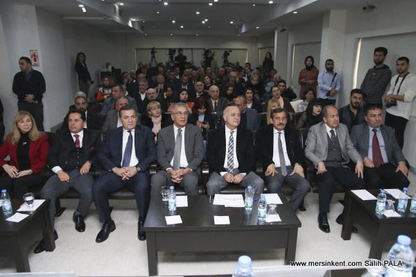Mersin'de Medyanın Geleceği Paneli Düzenlendi