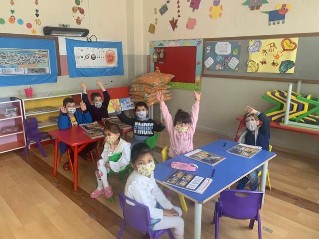 Mersin'de Okullar Açıldı Yüz Yüze Eğitim Başladı