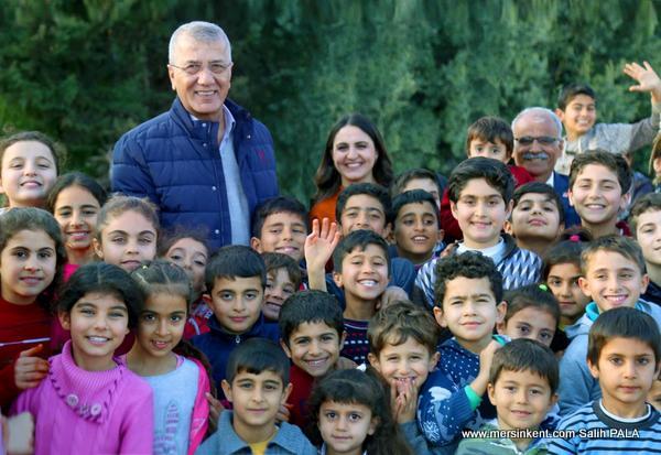Mezitli Belediye Başkanı Neşet Tarhan:Kurban Bayramını Kutladı