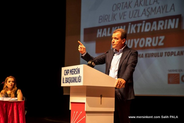 Seçer, İktidar AK Partili meclis üyelerinin desteğiyle borçlanma yetkisi aldık