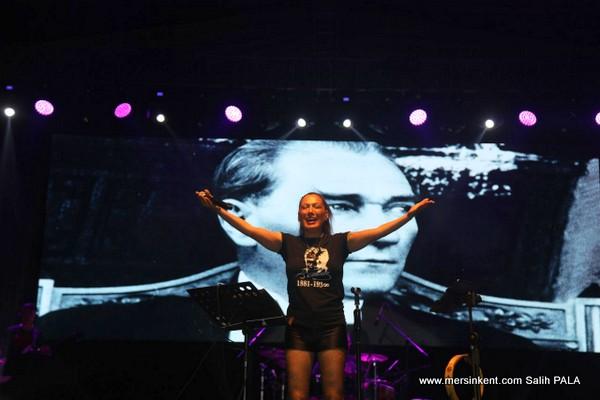 Soli Güneş Festivali,Sibel Tüzün Konseriyle Sona Erdi