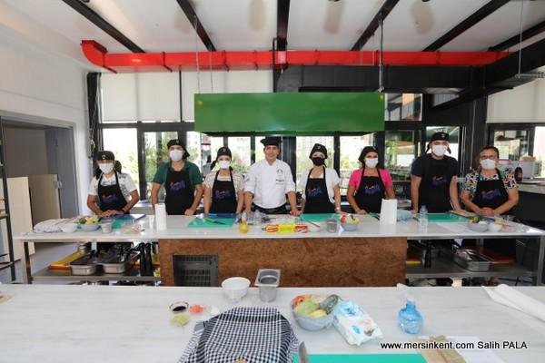 Tirat Mutfak Atölyesinde İlk Ders Heyecanı