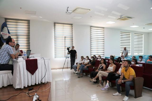 TOROSLAR'DA TÜRKİYE'DE BİR İLK;  SPOR ECZACILIĞI EĞİTİM PROGRAMI