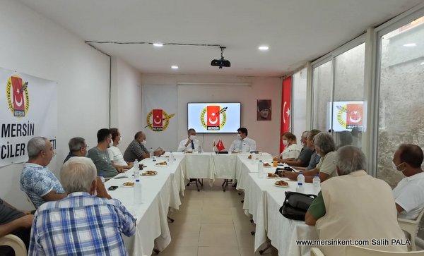 Vali Su,  MGC'nde Gazetecilerle Buluştu