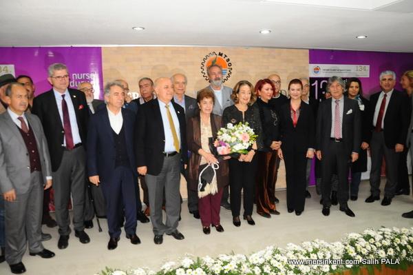 Yazar Nursel Duruel,Mersin Kenti Edebiyat Ödülü Törenle Verildi